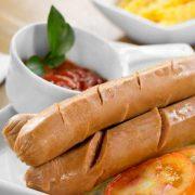 foto-produk-makanan-olahan-beku-fiva-food-bratwurst-sapi-ayam