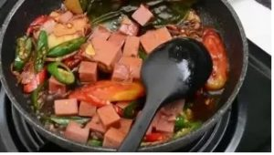 thumbnail-resep-sehat-lezat-cepat-FIVA-oseng-kornet-ayam-cabe-ijo